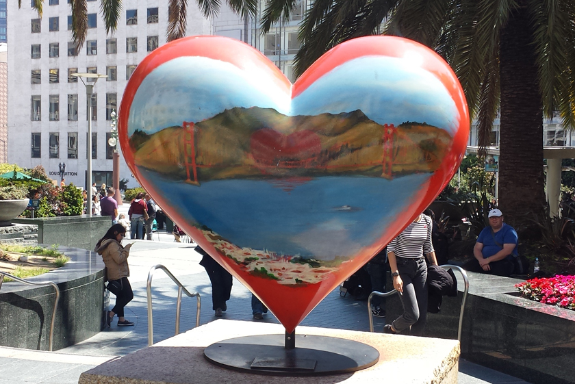 Tony Bennett's heart scuplture, America's Greatest City by the Bay.
